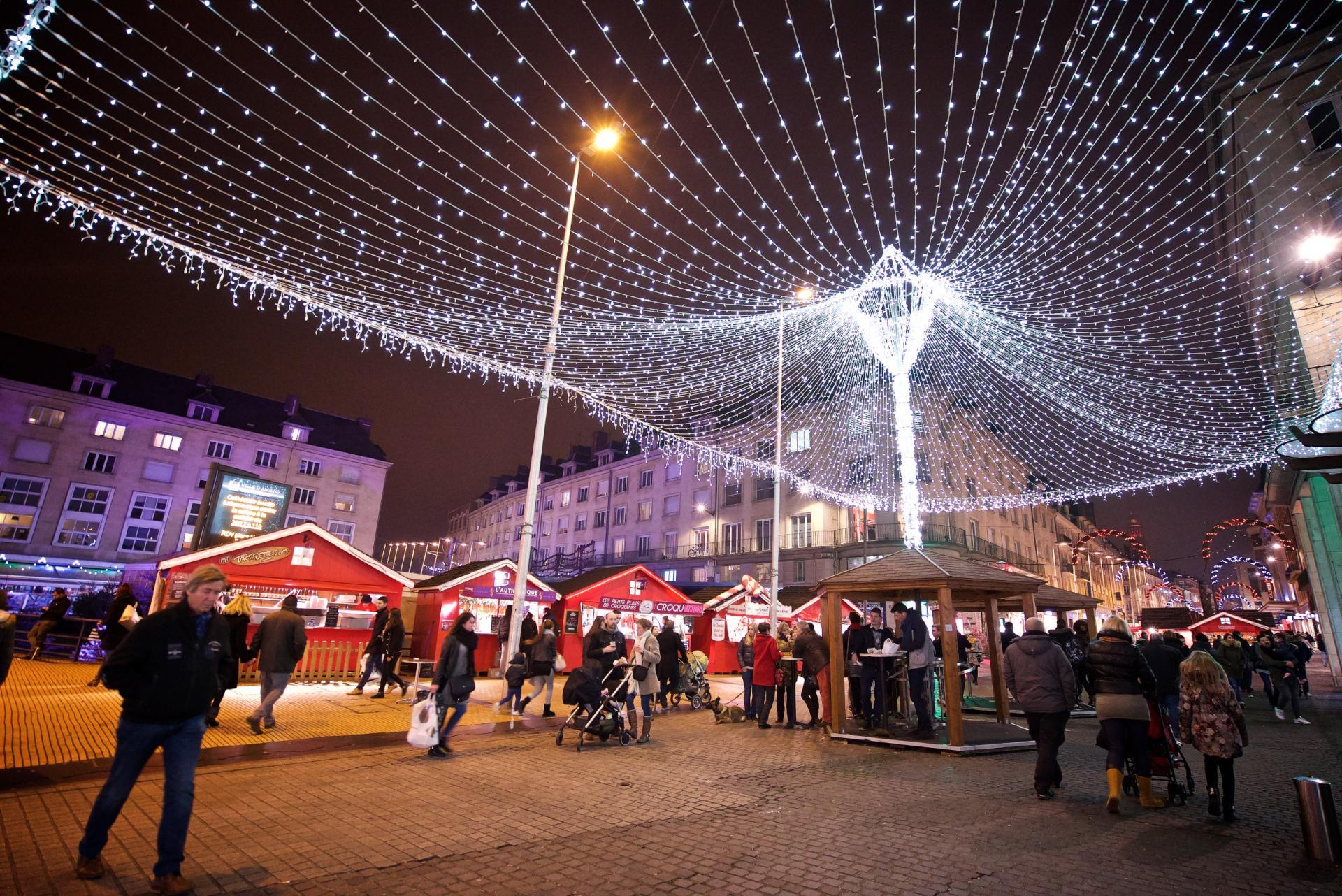 Place Gambetta Marché de Noël Amiens